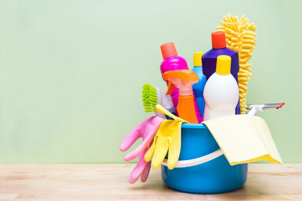 detox your home by choosing green cleaners